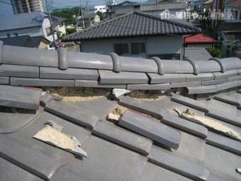 地震による崩れ
