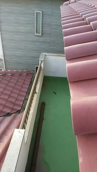 角型雨樋破損