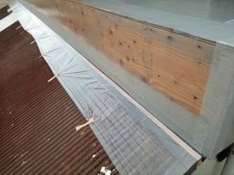 沼津市 屋根木部のビス穴