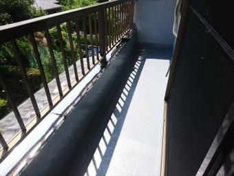 裾野市ベランダ防水トップコート塗装