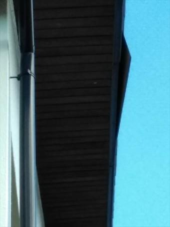 軒被害で屋根雨漏り