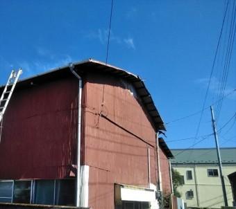 トタン屋根剥がれ修理 台風被害