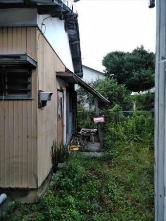 長泉町の住宅軒下剥がれ