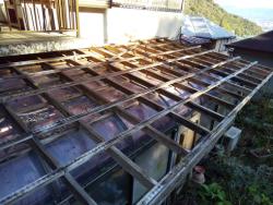 清水町テラス屋根劣化