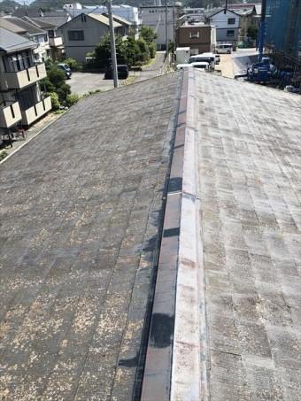 沼津市下香貫 屋根が色褪せた全体の様子