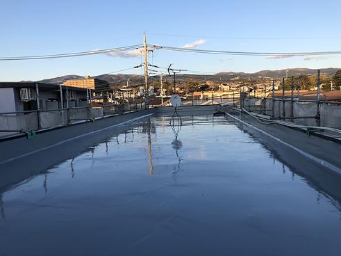 三島市アパート塗装屋上防水完工