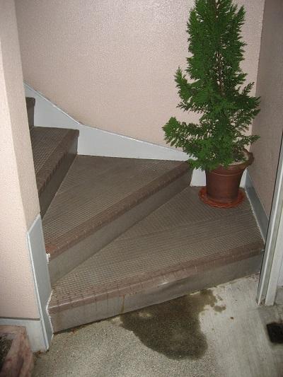 外階段床材劣化