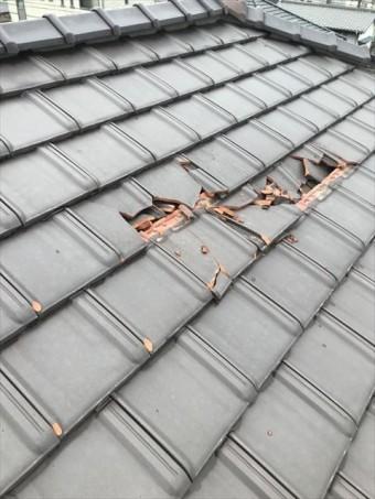 長泉町 台風被害で瓦が割れた