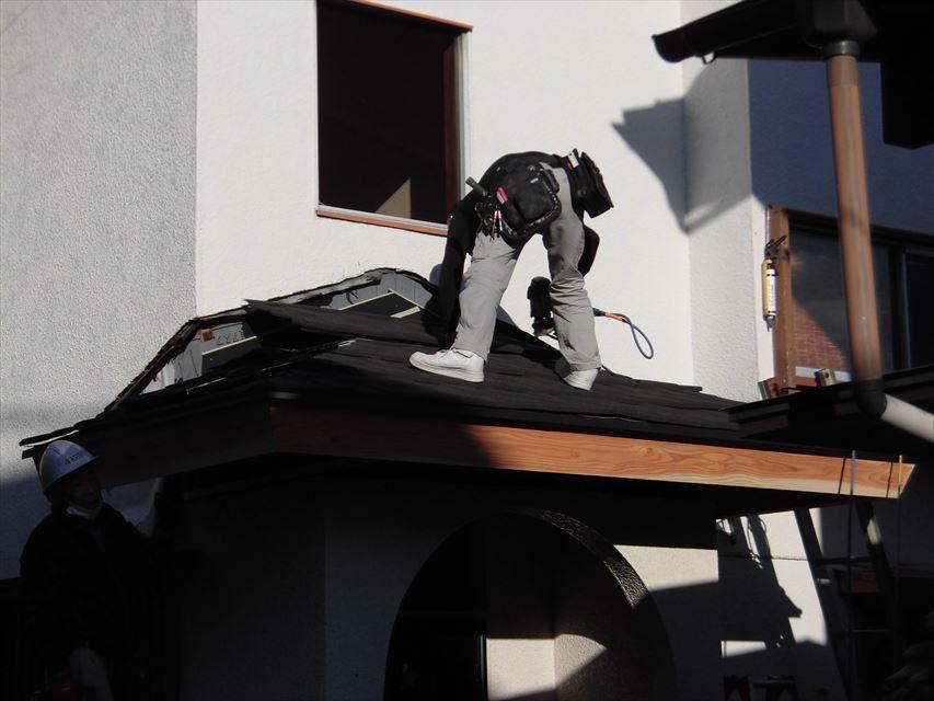 裾野市屋根葺き始め