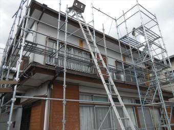 裾野市屋根工事のため足場設置
