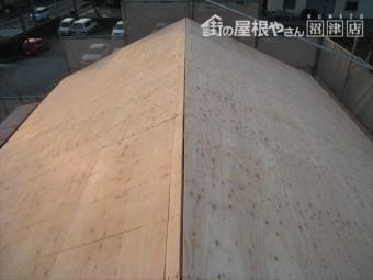 沼津市 屋根の野地板貼替