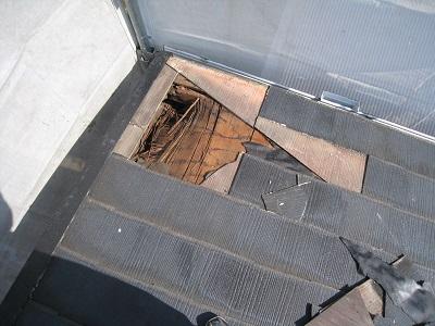 屋根下腐食