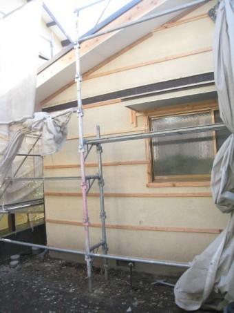 沼津市ガルバリウム鋼板重ねて施工