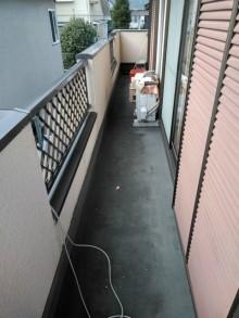 三島市排水が悪いベランダ