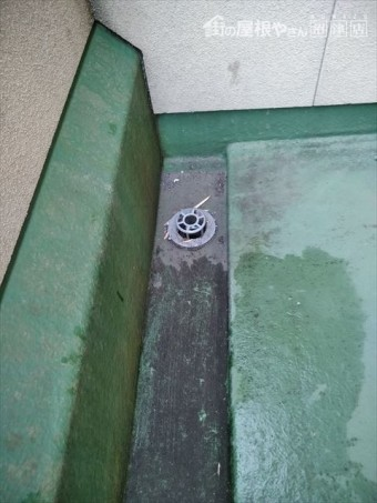 裾野市屋根塗装現地調査ベランダ排水