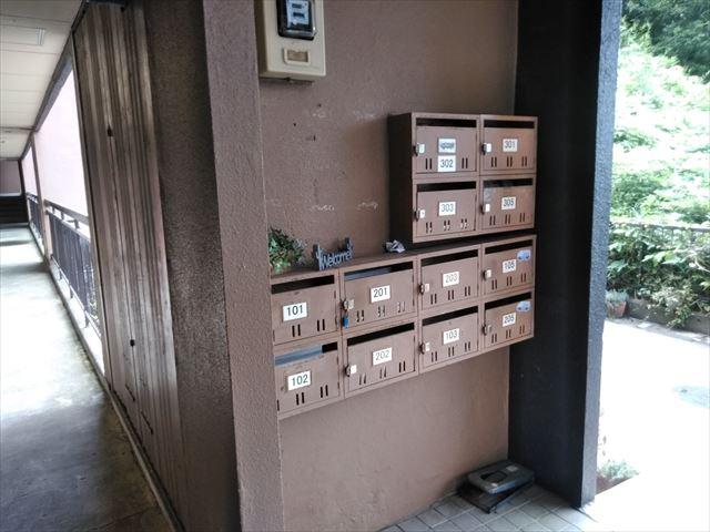 三島市3階建アパート集合ポスト