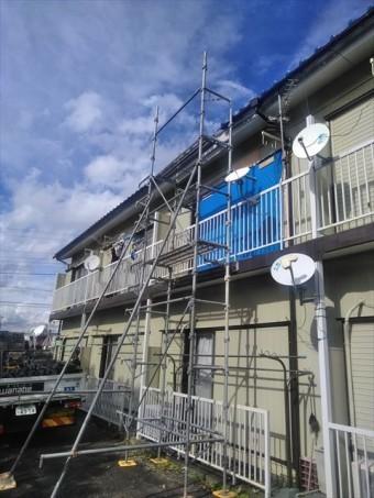 アパート屋根補修施工中