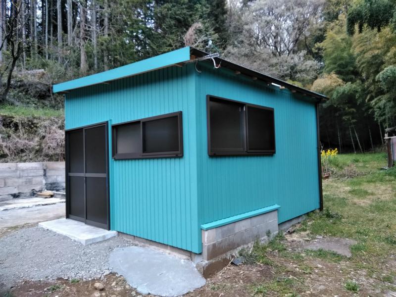 函南町物置ガルバニウム鋼板