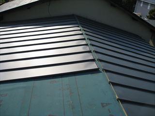 ガルバリウム鋼板葺き