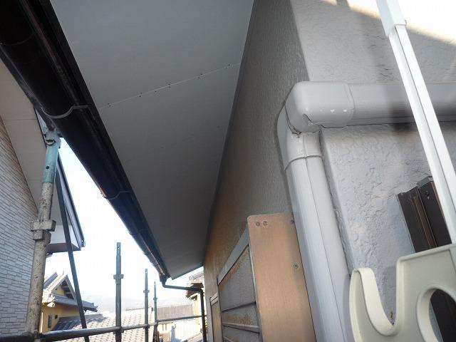 軒天ケイカル板重ね貼り