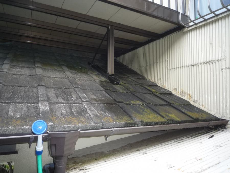 沼津市現場調査玄関上雨漏り発見