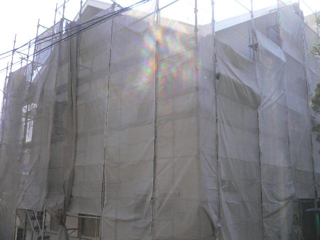 熱海市アパート屋根塗装の足場設置