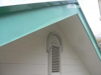 熱海市アパートケラバ破風板塗装
