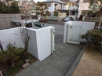 三島市住宅の塀塗装