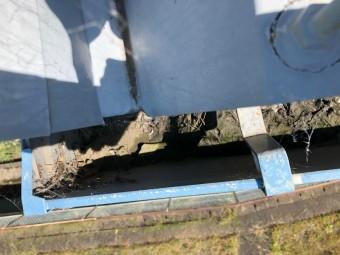 沼津市折半屋根汚れ雨樋