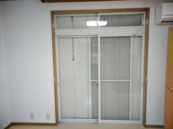 伊豆の国市窓内部塗装