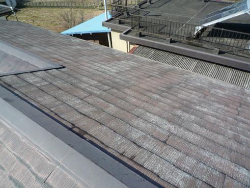 裾野屋根塗膜剥がれ