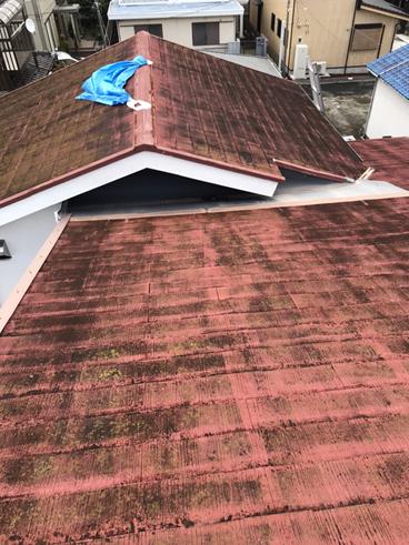 沼津市スレート屋根から雨漏りMFシルキーでカバー工法のご提案